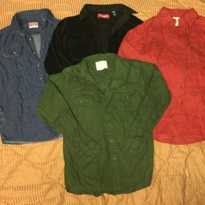 4pc lot wrangler Jean's button down shirts Nice!